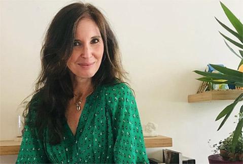 Coaching littéraire sur Paris & Angers, Emmanuelle Jappert vous accompagne dans votre projet d'écriture. Profitez de conseils littéraire sur-mesure.